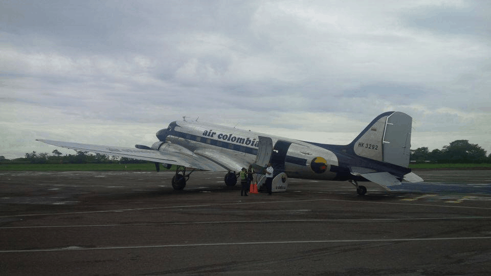 Direct Turnaround: Air Colombia DC-3